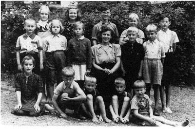 Estniska barn på Tynningö 1945